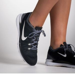 Nike Free TR Fit 5.0 Sneakers